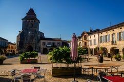 """Labastide d """"Арманьяк красивая деревня расположенная в отделе Landes, Франции стоковые изображения"""