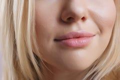 Labbra femminili Fotografia Stock Libera da Diritti