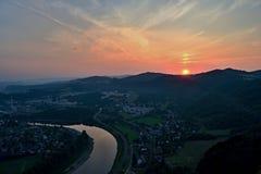 Labe (Elbe) centrala Bohemia högländer Arkivfoto