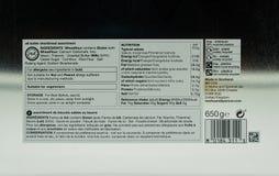 Label arrière d'une boîte de biscuits sablés dans la boîte en métal ou de bidon par M&S image libre de droits