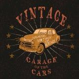 Label de vintage avec la rétro voiture Photographie stock libre de droits