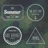 Label de vintage de voyage sur le fond de la géométrie Photographie stock libre de droits