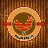 Label drôle de bande dessinée de ferme organique avec la poule de poulet Image libre de droits