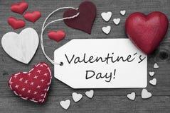 Label noir et blanc, coeurs rouges, jour de valentines des textes Photos libres de droits