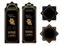 Labels d'or noirs de vin avec des raisins sur le fond blanc Cadres de rectangle et d'étoile sur la bouteille de vin Autocollants  Photographie stock libre de droits