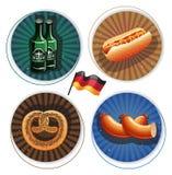 Labels d'Oktoberfest de bière et de casse-croûte Photo stock