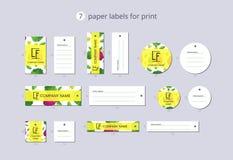 Labels de papier d'habillement de vecteur pour la copie avec la pomme cannelle et la fleur de modèle Image libre de droits