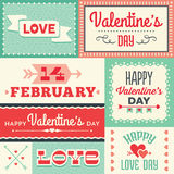 Labels et bannières typographiques de jour de valentines de hippie en rouge et Images libres de droits