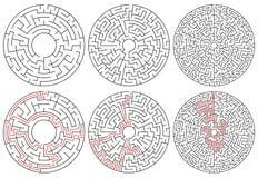 Labirinti circolari versione 3 con complessità differente illustrazione di stock