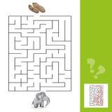 Labirinto da educação ou jogo do lazer do labirinto com elefante e amendoins com resposta Imagem de Stock