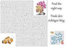 Labirinto ou labirinto para crianças com clownfish e plantas Fotos de Stock