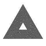 Labirinto triangolare su un fondo bianco, piramide, ricerca di un'uscita, soluzione illustrazione di stock