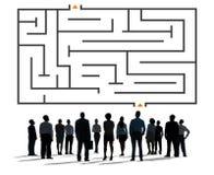 Labirynt łamigłówki strategii kierunku strategii wyzwania pojęcie ilustracja wektor