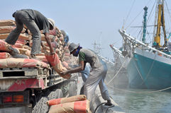 Labor activity at the port of Sunda Kelapa, Jakarta Stock Images