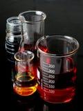 Laborancki kolby Glassware obrazy stock