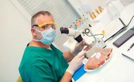 Laborancki testowanie leczący mięśni produkty zdjęcia royalty free