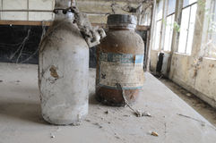 Laboratoire chimique abandonné. Photo stock