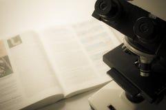 Laboratorio de ciencia con tema químico Foto de archivo
