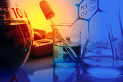 Laboratorio de ciencia con tema químico Fotos de archivo