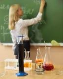 Laboratorio di chimica all'aula Fotografia Stock Libera da Diritti