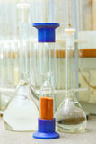 Laboratorio químico imagenes de archivo