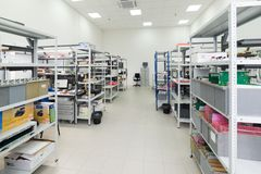 Laboratorium för att testa och justering av elektronisk utrustning Arkivbild