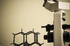 Laboratorium naukowe z chemicznym tematem Obrazy Stock