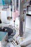 Laboratorium som analyserar utrustning Arkivbild