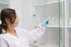 laboratoriumarbete Royaltyfri Bild