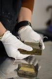 Laboratoriumjordprovningen i en saxask för konstruktion ämnar Royaltyfri Fotografi