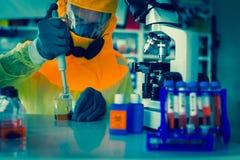 Laboratoriumprov av Ebola Royaltyfri Fotografi