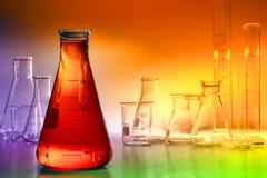 Laborausrüstung im Wissenschafts-Forschungs-Labor Stockbild