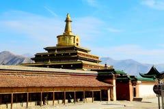 Labrang Lamasery des tibetanischen Buddhismus in China lizenzfreie stockbilder