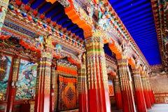 Labrang Lamasery des tibetanischen Buddhismus in China stockbilder