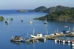 Labuhan Bajo port, Komodo Royaltyfria Bilder
