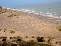 Labyrint av kiselstenar på stranden Arkivbild