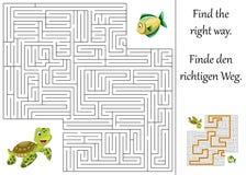 Labyrint eller labyrint för barn med sköldpaddan och fisken Royaltyfri Bild