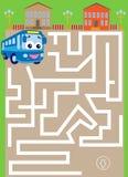 Labyrint med bussen fyndväg till parkeringen Fotografering för Bildbyråer