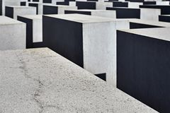 Labyrint van concrete kolommen Royalty-vrije Stock Foto