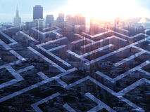 Labyrinth auf Stadthintergrund Stockfotos