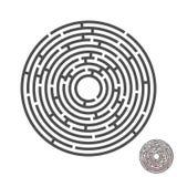 Labyrinthe de cercle d'évasion avec l'entrée et la sortie puzzle de labyrinthe de jeu de vecteur avec la solution Numérique 02 photographie stock