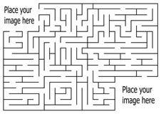 Labyrinthe de rectangle avec l'entrée et la sortie puzzle de labyrinthe de jeu de vecteur avec la solution Numérique 03 Photo libre de droits