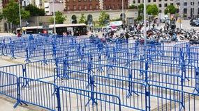 Labyrinthe des barrières bleues photos libres de droits