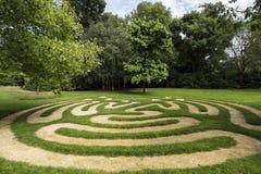 Labyrinthe en parc de Chambre de Burghley, jardin des surprises, Angleterre, Royaume-Uni photos stock