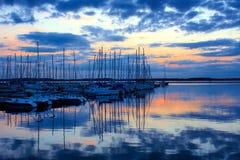 lac在日落的de Orient 免版税图库摄影