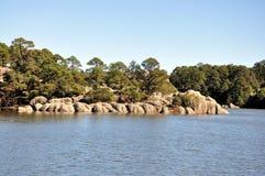 Lac à la gorge de cuivre photos stock