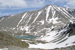 Lac Akchan, bâti Colban, République mountain d'Altai Photos libres de droits