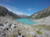 Lac alpestre photographie stock libre de droits