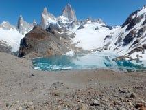 Lac alpin, Fitz Roy, Argentine Photographie stock
