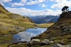 Lac alpin Lac du Miey Photographie stock libre de droits